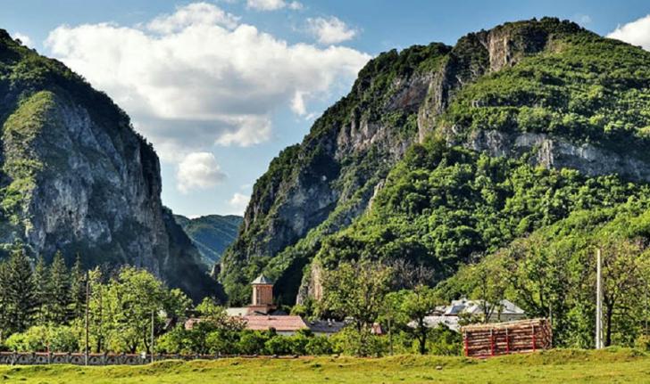 Un sat din Gorj, pe lista celor mai frumoase localități din România