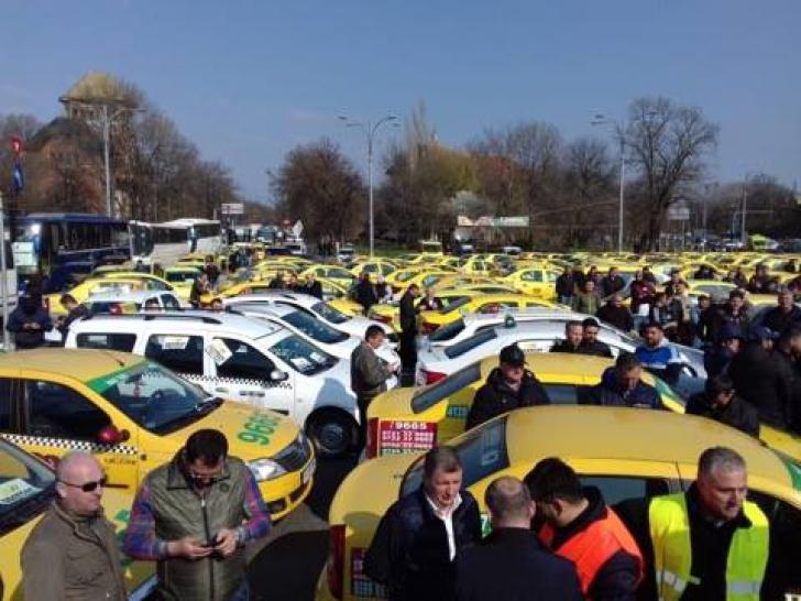 Protest al transportatorilor în Capitală