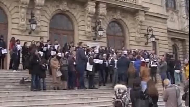 Tudorel Toader, contestat de colegii de la Universitateta din Iaşi (VIDEO)