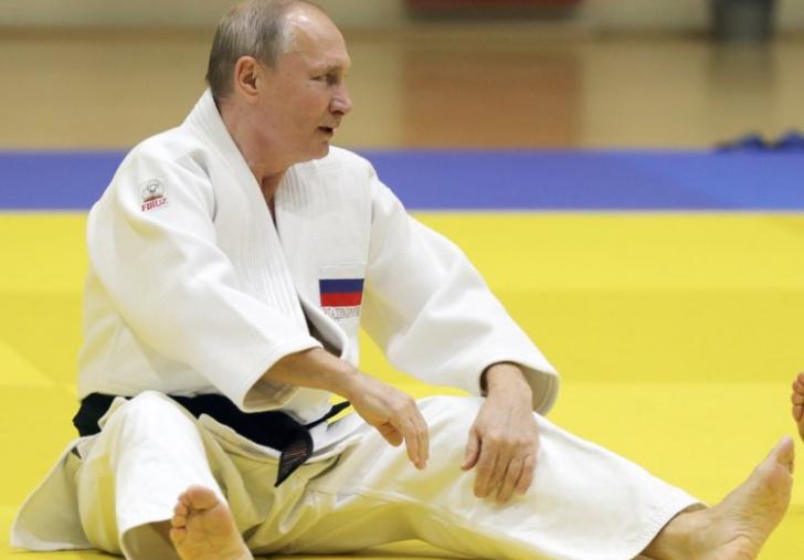 Vladimir Putin, antrenament cu echipa națională de judo a Rusiei