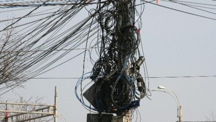 Guvernul vrea să închidă ochii la cei care și-au construit ilegal rețelele de cablu