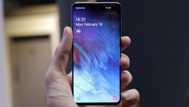 eMAG - Ce s-a intamplat cu preturile Samsung Galaxy dupa aparitia S10