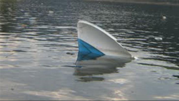 O şalupă cu o tonă de droguri, descoperită în apropiere de Sulina