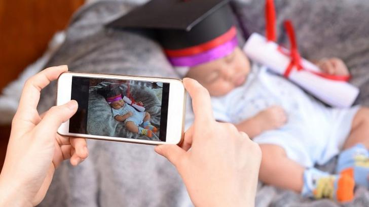 Fenomenul sharenting, care a luat o amploare periculoasă printre părinţi