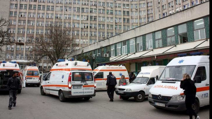Scandal monstru la Craiova, un medic recent reîncadrat a chemat poliţia