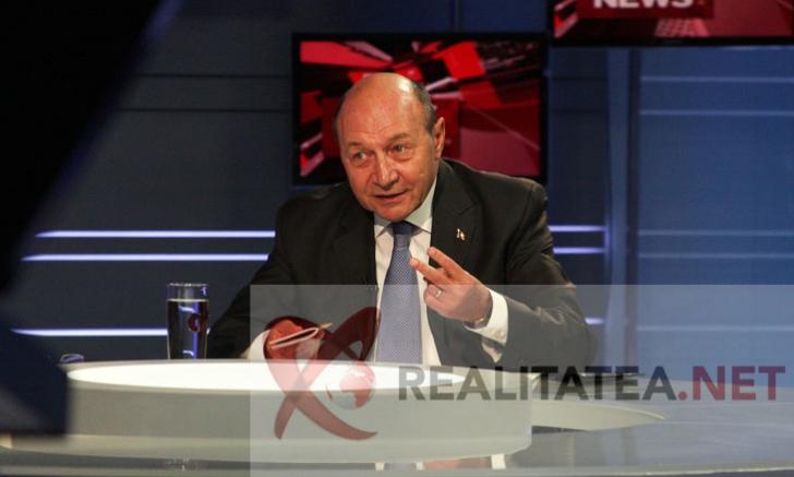 <p>Traian Basescu, in studioul Realitatea TV. Foto: Cristian Otopeanu</p>