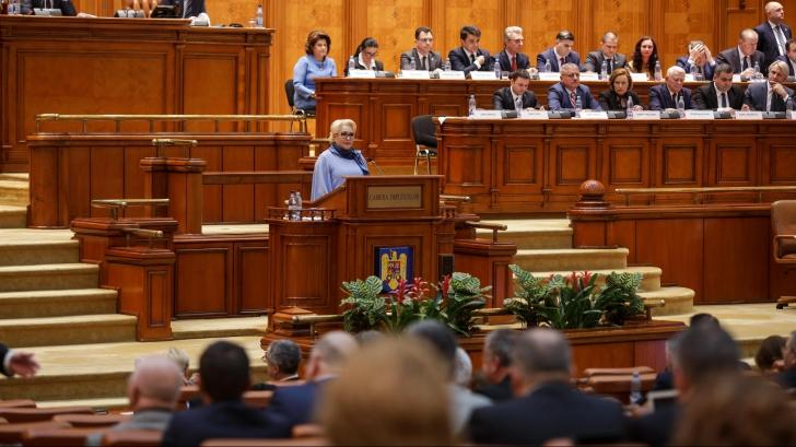 Viorica Dăncilă în Parlament