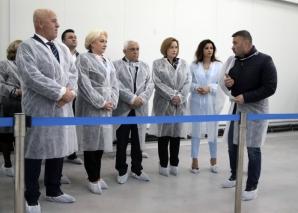 Dăncilă, Daea şi Carmen Dan, la inaugurare oficială pentru Bursa de peşte de la Tulcea