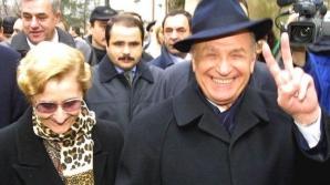 Ce pensii au Nina şi Ion Iliescu. Câţi bani încasează lunar de la stat