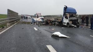 Accident violent pe autostradă, în apropiere de Timişoara. A fost nevoie de descarcerare