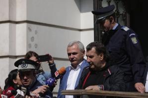 Procesul lui Dragnea a fost amânat. Șeful PSD, păsuit până pe 20 mai / Foto: Inquam Photos / Octav Ganea