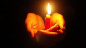 Constanţa: Femeie intoxicată cu fum după ce garsoniera i-a luat foc de la o lumânare