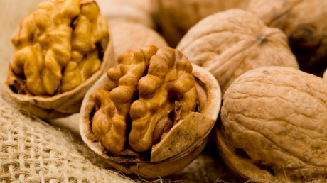 Dieta cu nuci te ajuta sa slabesti 1 kilogram pe zi: Iata cat de usor se tine