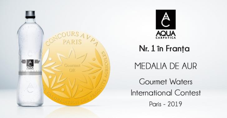 """Medalie de aur la Concursul Internațional """"Gourmet Waters"""" pentru AQUA Carpatica (P)"""