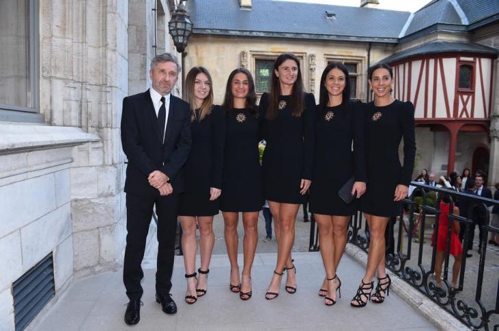 <p>Simona Halep și celelalte tenismene ale României, gata de semifinala din Fed Cup</p>