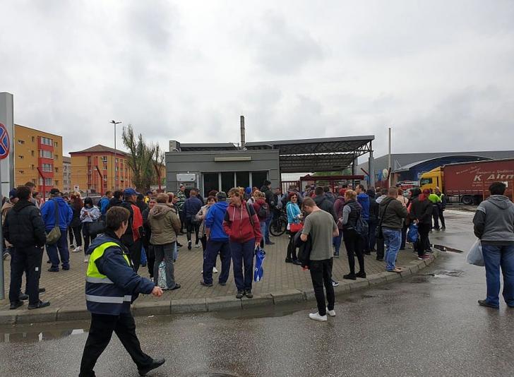 Clipe de panica la Timisoara, sute de oameni evacuati, s-a declansat sistemul RO-ALERT