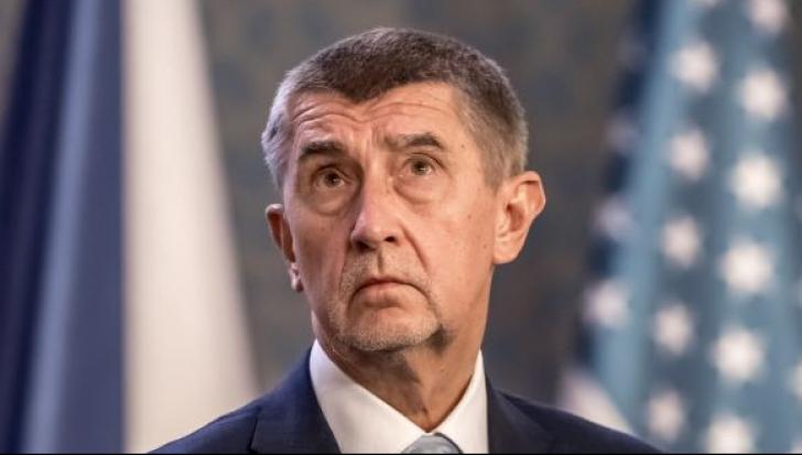 Premierul ceh va refuza să demisioneze chiar dacă va fi inculpat pentru fraudă