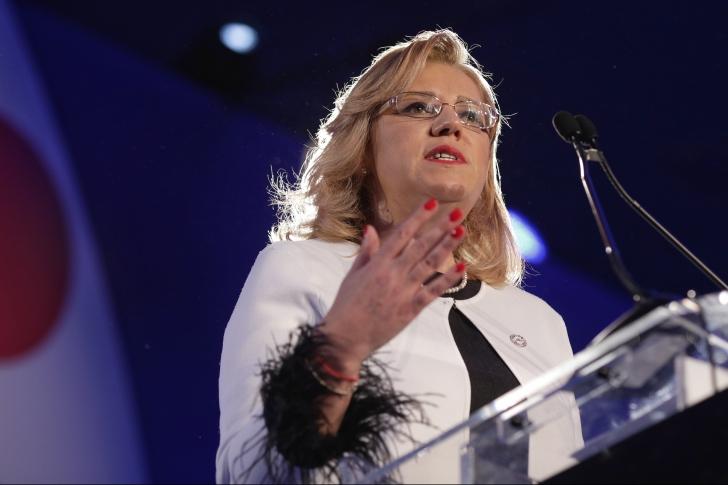 Corina Crețu, lansare la europarlamentare cu atac la PSD