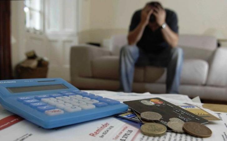 Debitor de România. Ce fac dacă nu mai pot să plătesc ratele bancare?