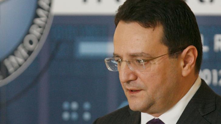 Când era director SRI, George Maior a dispus încadrarea juridică în dosarele lui Iohannis şi Hellvig