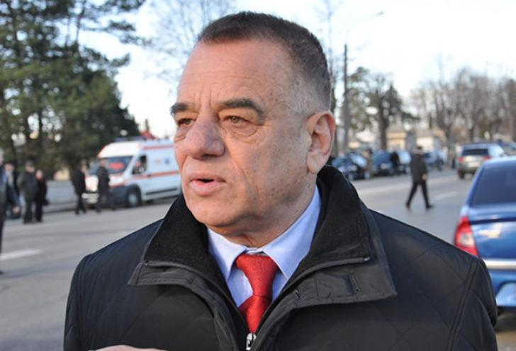 Tribunalul Argeș l-a scăpat de incompatibilitate pe primarul din Pitești