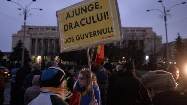 Protest în Piața Victoriei