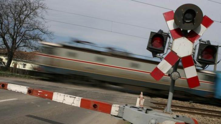 Un tânăr a fost lovit de tren în Voluntari
