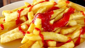 Cartofi prăjiţi cu ketchup. Adevărul neştiut despre această combinaţie