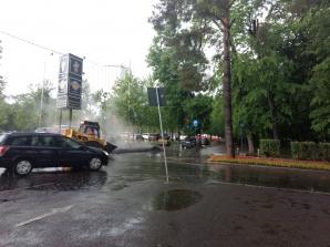asfaltare pe ploaie Bucuresti