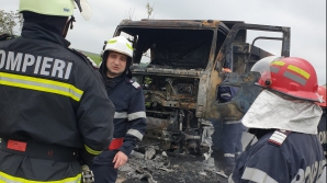 Incendiu pe un drum național
