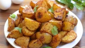 Cartofi la cuptor. Cea mai uşoară şi delicioasă reţetă. Se topesc în gură!
