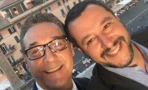 Mateo Salvini (dreapta), alături deHeinz-Christian Strache