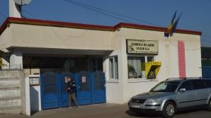 Bărbat împușcat la fabrica de arme din Cugir