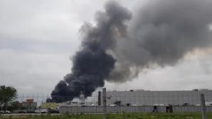 Incendiu violent, la un depozit din Ilfov.