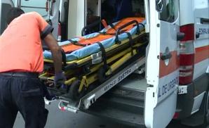 Pacient decedat, după ce ambulanța a rămas împotmolită în noroi