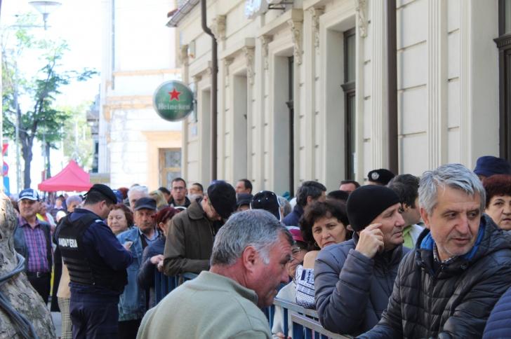 Mii de pelerini la Izvorul Tamaduirii de la Braila(Galerie foto)