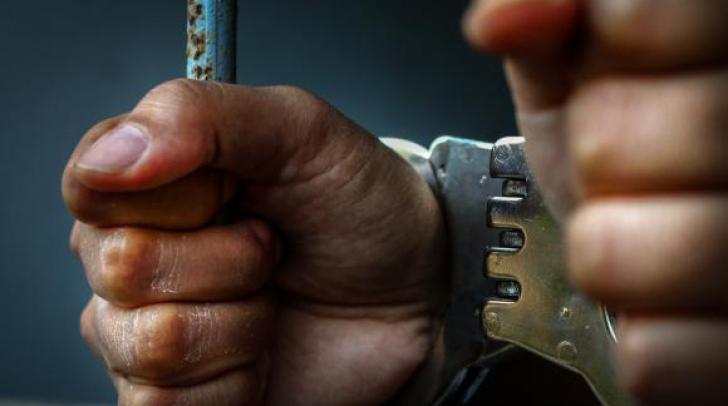 Bărbat încarcerat pentru furtul unui pachet de cafea