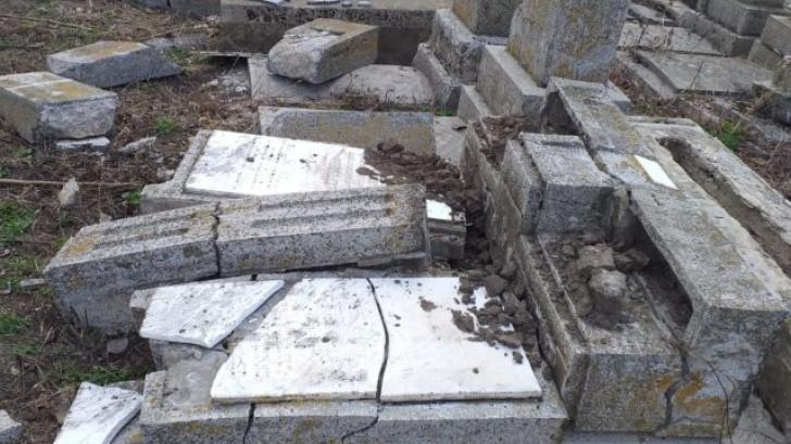 Au fost identificati profanatorii cimitirului evreiesc din Husi!