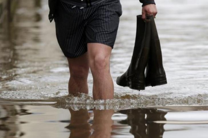 Cod galben de inundații în 17 județe