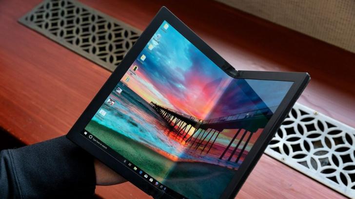 Chinezii care vor să-ți ofere un laptop pliabil: de ce e o adevărată revoluție în tehnologie?