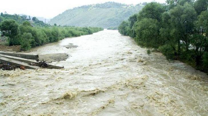 Viitura face noi victime în județul Bihor: Bărbat de 56 de ani, găsit decedat într-un pârâu