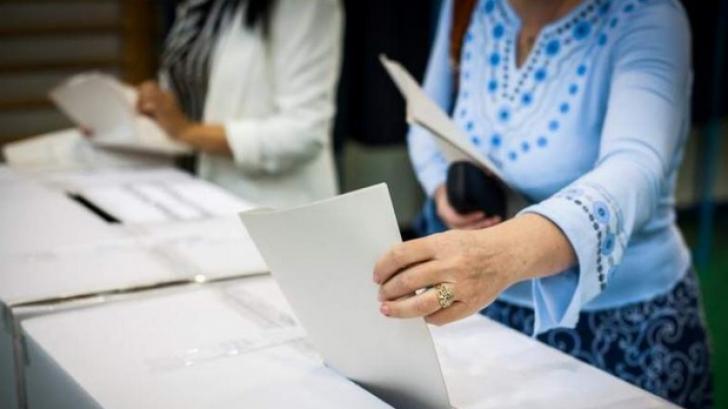 Buletine de vot furate