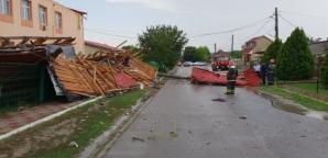 Școală distrusă, în Constanța. Furtuna i-a smuls complet acoperișul / Foto: ISU Dobrogea
