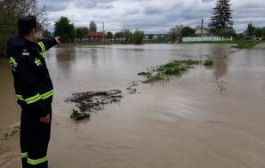 Cod portocaliu de inundaţii, pe râuri din 23 de judeţe / Foto: Arhivă