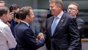 Klaus Iohannis și Emmanuel Macron la Consiliul European