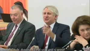 Orlando Teodorovici și chiparosul