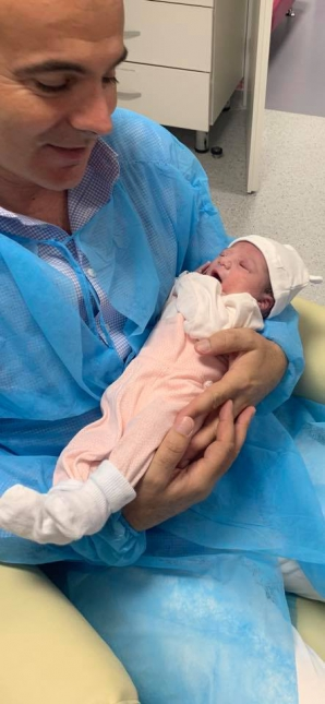 Rareș Bogdan, în culmea fericirii: soția sa a născut o fetiță / Foto: Facebook
