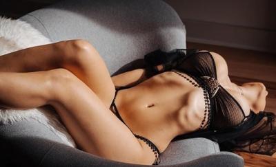"""Actrița XXX Mia Khalifa, poza cu care a șocat: """"Și mie mi-a fost rușine de noaptea aia..."""""""