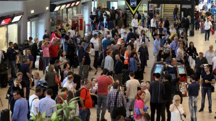 80 de copii români, blocați pe aeroporturi! Detalii halucinante. Ce spune MAE