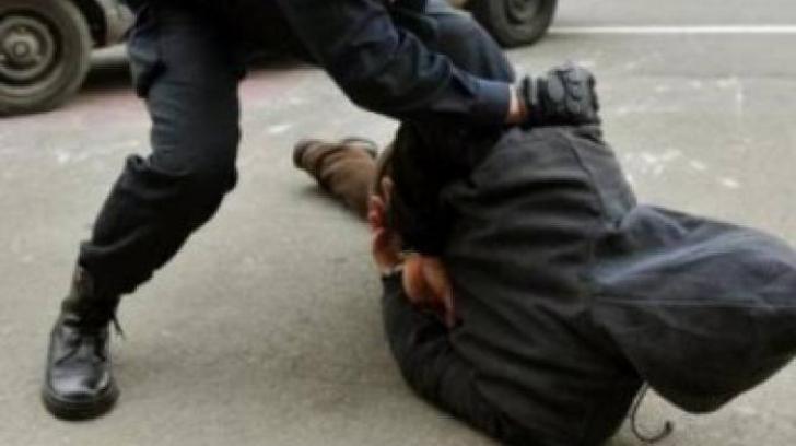 Agent de pază, trimis în judecată după ce a bătut o persoană